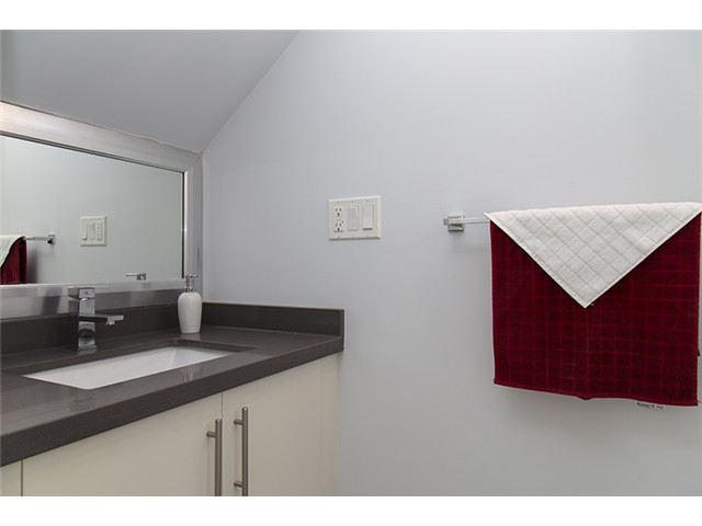 port coquitlam three bedroom townhomes bathroom Gallery