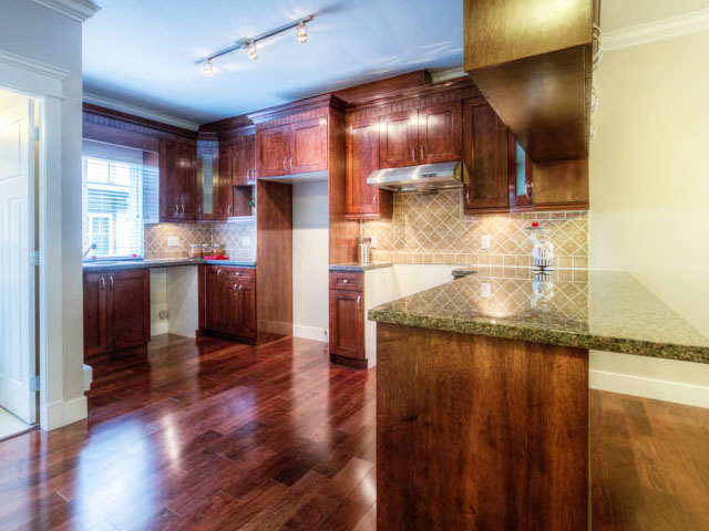 port moody three bedroom townhomes kitchen Gallery