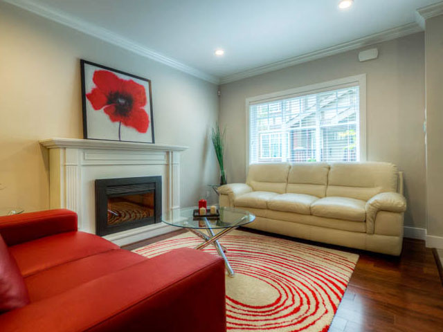 port moody three bedroom townhomes living room Gallery